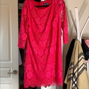 Bold magenta lace dress!